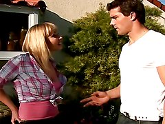 Rough sex outdoors with the hot Adrianna Nicole