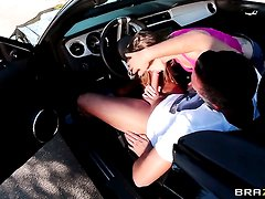 Staci Silverstone takes Keiran Lees schlong from behind