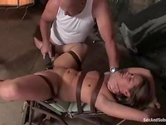 Ten gives a blowjob to mark Davis before taking his cock in her snatch