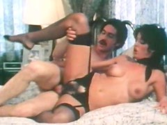Vintage clip with sexy cock-sucking lady