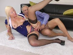 Diana is banging in her puss with old dick