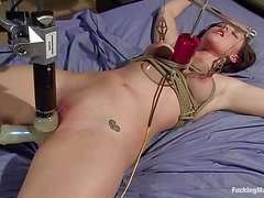 Brooke Lee Adams gets her snatch smashed by a fucking machine
