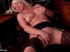 Blonde milf models body and sexy stockings