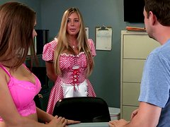 Rilynn Rae and Samantha Saint Fuck to Make Patient Better!