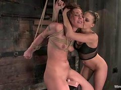 Submissive Nikki Nievez gets electrified and toyed in femdom