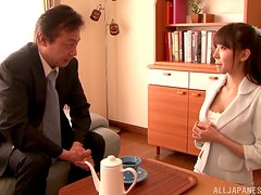A slim Japanese girl gets her vagina fucked and licked