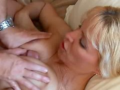 Sexy short-haired mils fucks in doggy pose