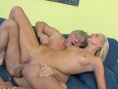 Two young sluts are banging just for cash