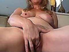 Milf amateur babes bizarre hairy pussy spreading