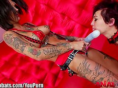 AnalAcrobats Bonnie Rotten gets Nasty with Strapon