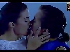 Susan Ward&Laurie Fortier Kissing