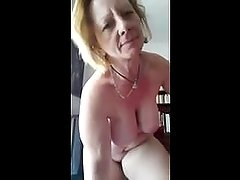 Busty Mature Showing Body On Skype - MoreCamGirls.com