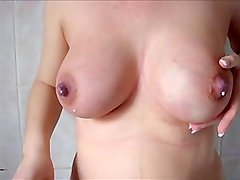 dates25com Lactating big tits ma salope se f