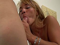 Shemale massages a blonde Milf