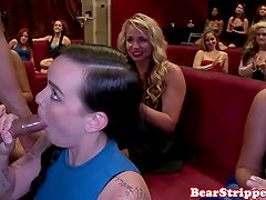 Blowjob amateur at cfnm party giving head