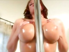 Brunette does dirty dance then gives boyfriend blowjob