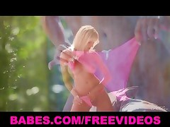 Sexy blonde bombshell strips off her pink panties