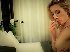 Scarlett A Devoradora de Piças / Cock Addicted Slut