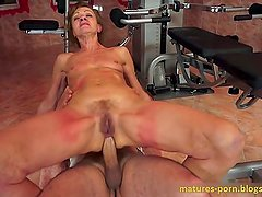 Anal mature in fitness club