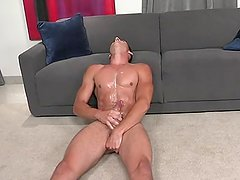 male pleasure with poppers
