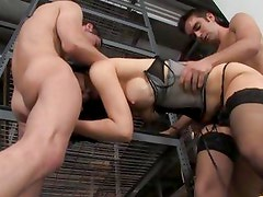 Two builders give Diana Prince a double fucking