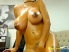 Busty Boobs webcam girl free for the show-more MAACAMS COM