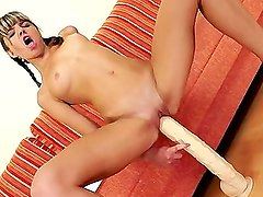 ROKO VIDEO-Doris Ivy--Toys Her Fist