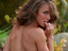 Erotic Outdoor Pleasure With The Hot Chick Malena Morgan