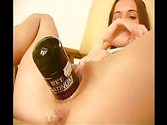 Cute babe Tiffanie self fisting and bottle insert in pussy