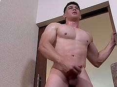 ActiveDuty Fit Army Beefcake Jerks His Cock