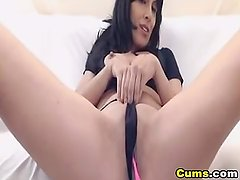 Amazing Babe Squirting on Live Cam