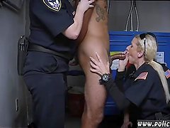 Hot  milf and blowjob cum mouth Don't