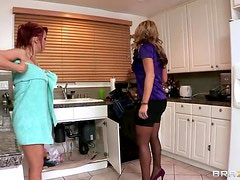 Hot Lesbian Action Between The Beautiful Milfs Nicki Hunter And Nikki Sexx