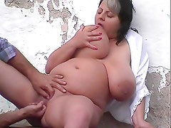 bbw Monique East outdoors