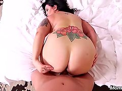 Thick Busty Amateur MILF Sucking and Fucking