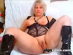 Blonde Busty Milf Toying Fingering Ass On Webcam