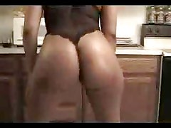 Amateur Booty Shake - Derty24