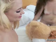 Milf and teen making out xxx The gals all