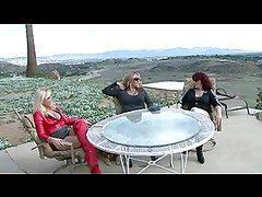 3 Domes Top Slave Outdoors
