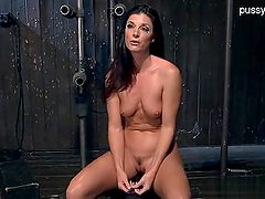 Wet pussy rough fuck