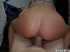 Two muslim babes Desert Pussy