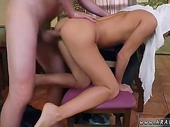 Teen caught in backyard xxx blowjob the