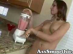 Amber Rayne drinks booty smoothie