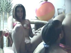 Amateur lesbian party with lots of licking