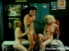 Locker room threesome with classic chicks