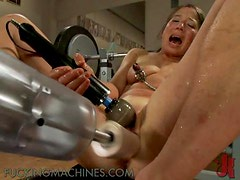 Asian Babe Screams Out Loud With Fucking Machines