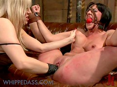 Dominating Blonde Boss Fisting and Strapon Fucking a Brunette In Office