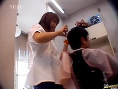 Asian Hairdresser Gives A Blowjob to a Customer