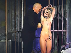 Submissive and nasty Vanda Lust is satisfying her bald coach