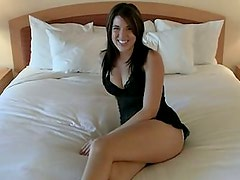 19 years old Jenna takes it in the ass